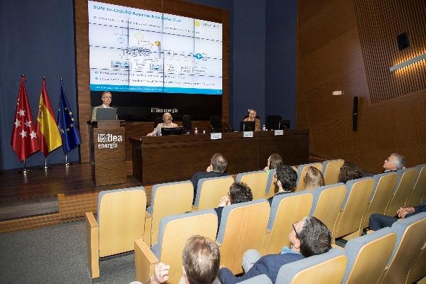 Dr. M. Romero presenting the SUN-to-LIQUID solar thermochemical plant